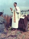 kapaun-priest